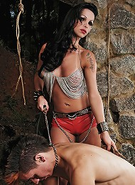 Kinky ts domme Carla is in total control