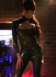 Seduced on The Dance Floor The Return of a Ts Godess