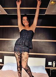 Sexy tranny Barbara Goulart in wild action