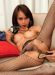 Kinky t-girl licks and stuffs a gold stiletto heel