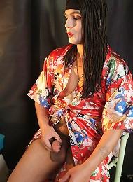 Naughty guys prefers sexy geisha clothes