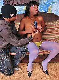 T-girl Pamela stroking off w...